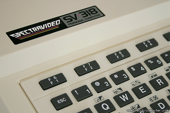 Spectravideo SV 318 (tastiera)