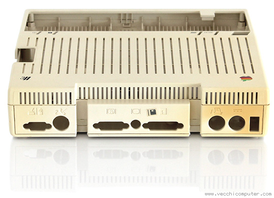 Apple IIc - retr0bright (prima dell'intervento)