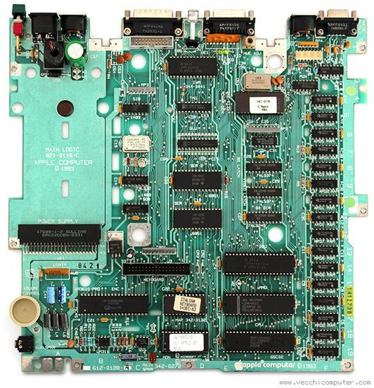 Apple IIc - scheda madre