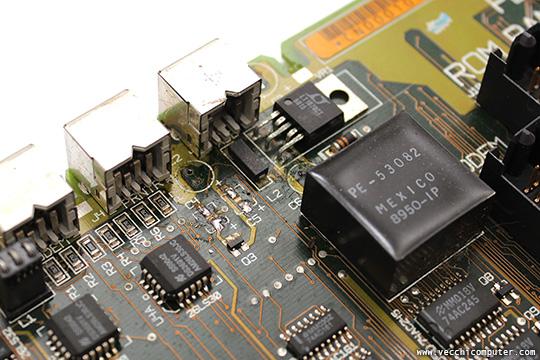 Macintosh Portable - condensatori rimossi