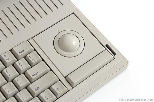 Macintosh Portable - trackball