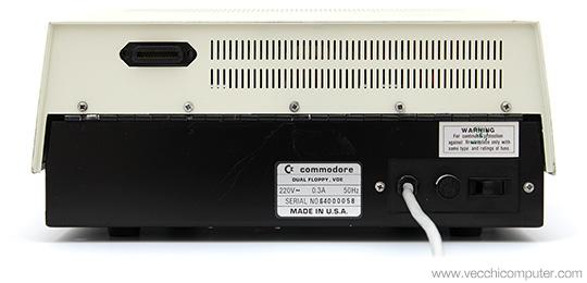 Commodore 4040 - Retro