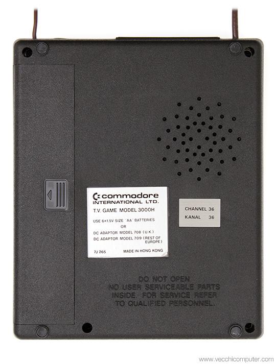 Commodore 3000H - Sotto