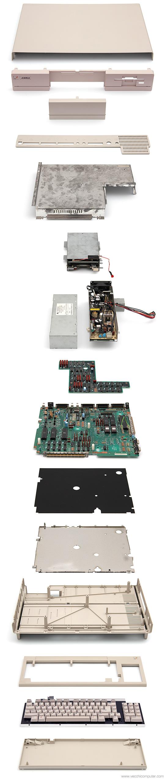 Commodore Amiga 1000 - Esploso