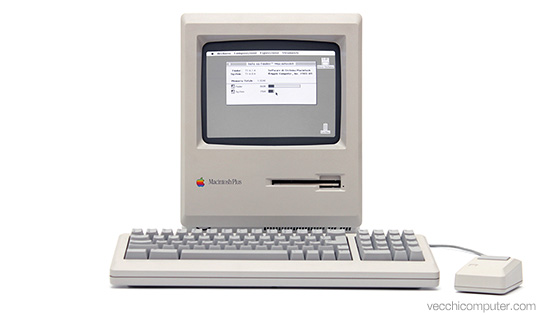 Apple Macintosh Plus - fronte