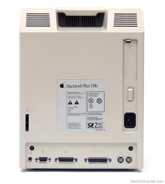 Apple Macintosh Plus - retro