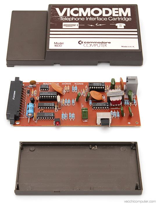 Commodore VICModem - vista esplosa