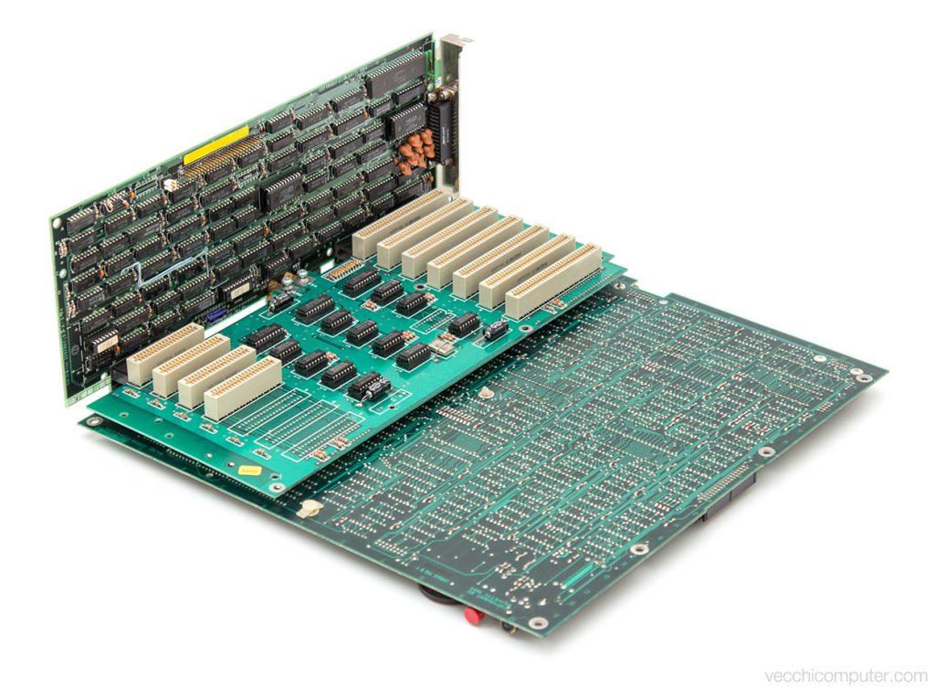 Olivetti M24 - schede