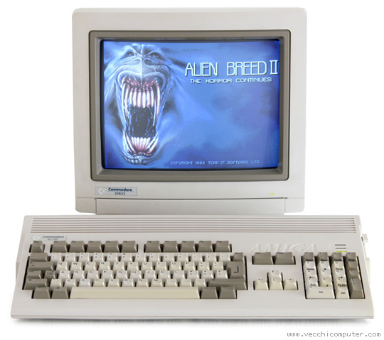 Amiga 1200 e Commodore 1084S