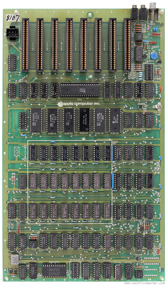 Apple II europlus (scheda madre)