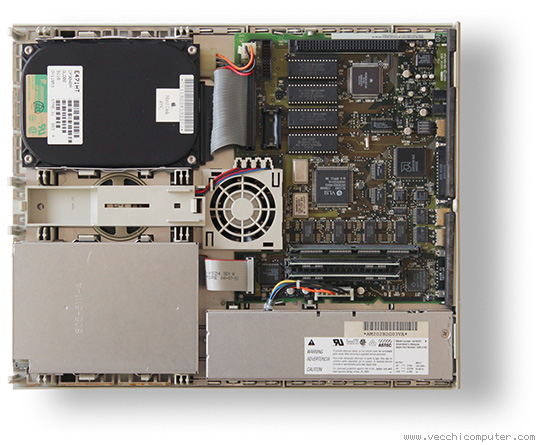 Apple Macintosh LC (interno)