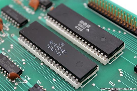 Commodore MMF 9000 - 6502 + 6809