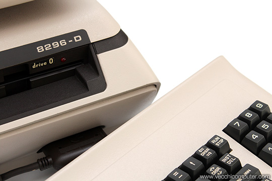 Commodore 8296-D - Dettaglio
