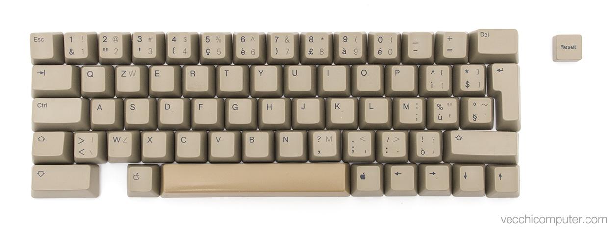 Apple IIe - tastiera italiana