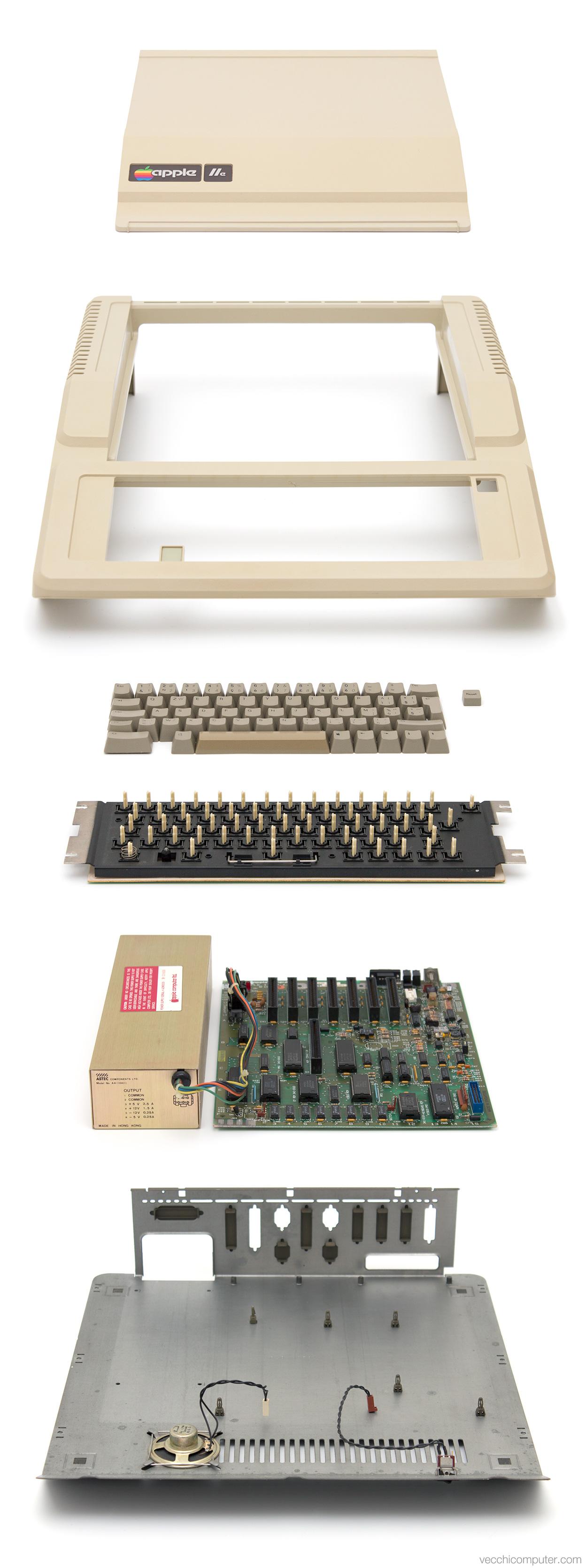 Apple IIe - vista esplosa